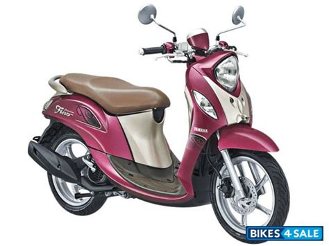 Yamaha Fino 125 Image yamaha fino 125 price specs mileage colours photos and