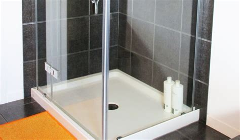 clean shower doors how to magically remove soap scum with no scrubbing required yummymummyclub ca