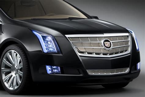 cadillac      seater crossover based  gms