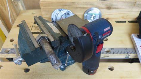 bosch gws 12v 76 bosch gws 12v 76 болт 20 мм