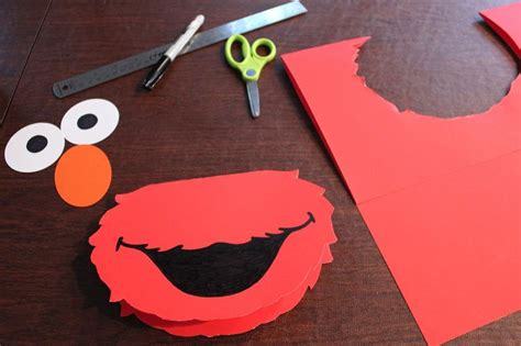 elmo cut  templates  cut    circles