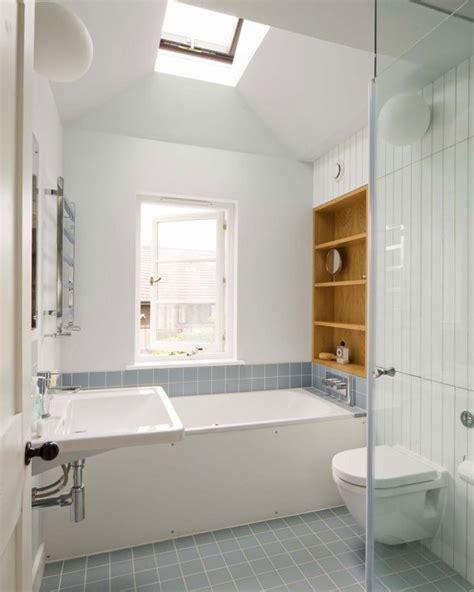 Kleines Badezimmer Fenster by Kleine Und Moderne Badezimmer Mit Badewanne Freshouse