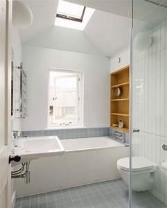 Badfliesen Ideen Kleines Bad : kleine und moderne badezimmer mit badewanne freshouse ~ Bigdaddyawards.com Haus und Dekorationen