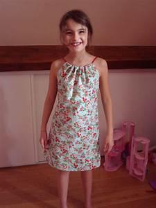 tuto robe fillette c39est moi qui l39ai fait poisson d With tuto robe fille 4 ans