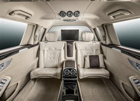249 interior and exterior mirror,automatically dimming. Mercedes-Maybach S600 Pullman: una limusina de lujo en Ginebra - Periodismo del Motor
