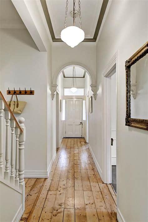 beautiful victorian arched hallway  liddiard street