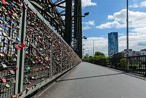 Köln Bilder Kaufen : fotos k ln hohenzollernbr cke und k lner dom ~ Markanthonyermac.com Haus und Dekorationen