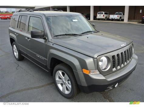 jeep gray color 2014 mineral gray metallic jeep patriot latitude 79950234