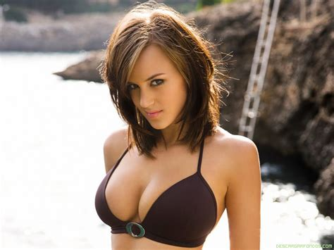 Kelly Andrews Vs Rosie Jones Picarena Image Match