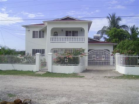 House For Sale in Hopefield, Clarendon, Jamaica