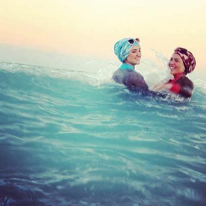 swimming hijabis       swimming muslim girls