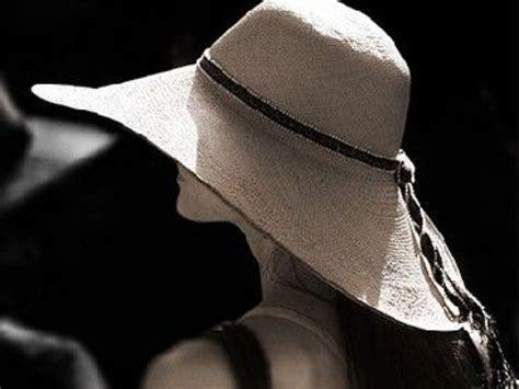 cuisine designe la capeline le chapeau féminin par excellence