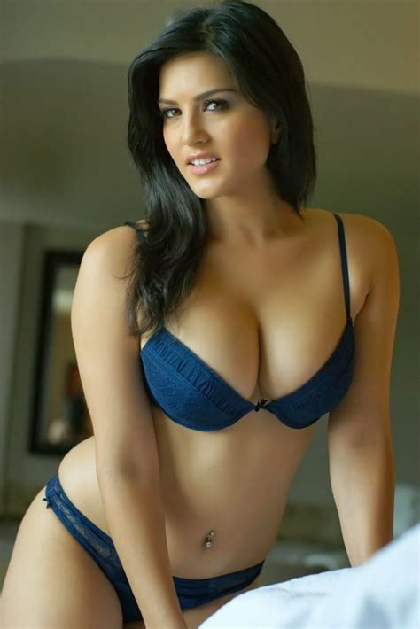 Hot And Sizzling Sunny Leone Ke Naked Pictures Ka Collection