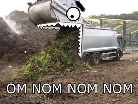Nom Nom Nom Meme - image 410246 om nom nom nom know your meme
