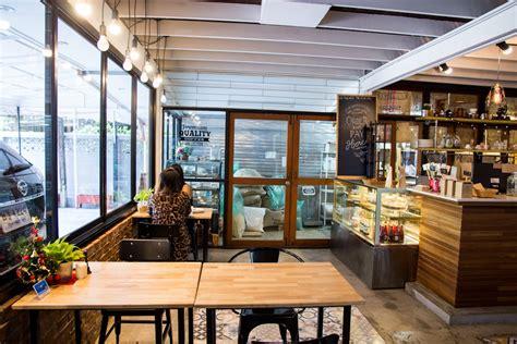 ตกแต่งร้านกาแฟ ร้านกาแฟ ตกแต่งภายใน Phil Coffee