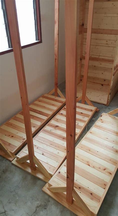 kayu warisan malaysia barang barang perabut kayu pine