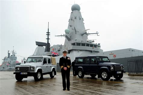 navy land 3d car shows land rover defender in the royal navy