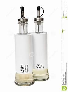 Essig Und ölflaschen : lokalisierte essig und lflaschen ~ Michelbontemps.com Haus und Dekorationen