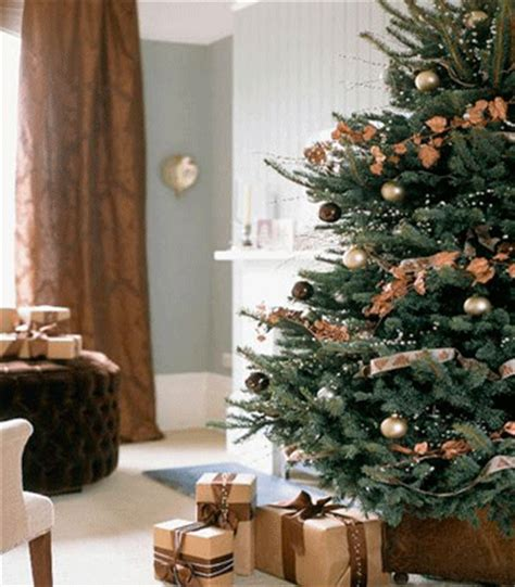 2010 christmas decor trends gold and brown