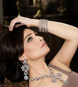 13 best Jewellery Shoot Model Poses images on Pinterest ...