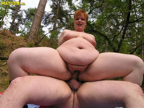 fat ass redhead mom gets got in the woods pichunter