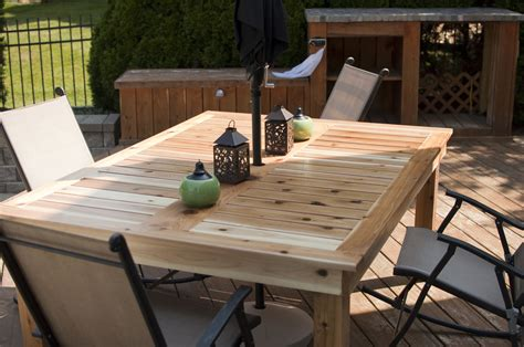Outdoor Deck Table by White Simple Outdoor Dining Table Diy Projects