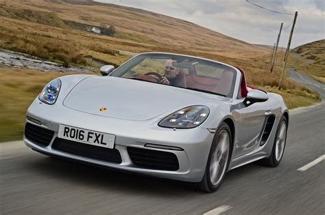 New Porsche 718 Boxster 2016 review - pictures | Auto Express