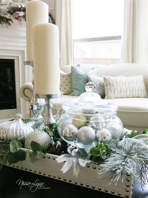 Adorn your home with a sleek, shiny and sophisticated touch with this glass coffee table. 45 Christmas Decor Rustic Simple https://silahsilah.com/home-decor/45-christmas… | Christmas ...
