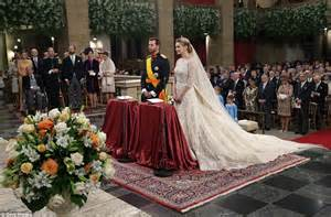 mariage religieux prince guillaume marries countess de lannoy in luxembourg daily mail