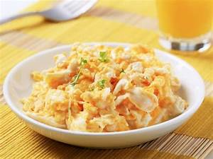 Cheesy Scrambled Eggs Recipe | CDKitchen.com