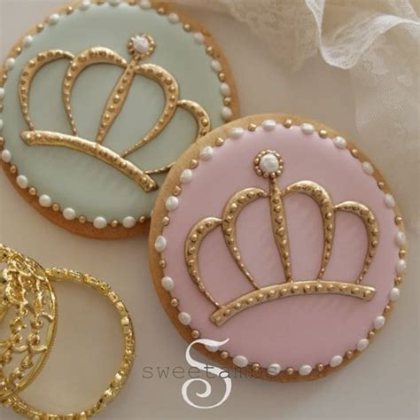 Decorated Crown Cookies by 1000 Images About Pastry Chef Amp Cake Decorator Info