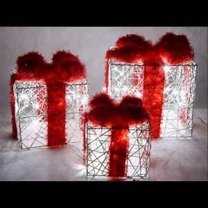 Decoration Noel Exterieur Solaire : paquet cadeau lumineux de noel x 3 d coration noel ext rieur pas cher ~ Nature-et-papiers.com Idées de Décoration