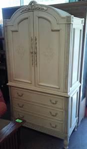 uhuru health uhuru furniture collectibles sold smith largo