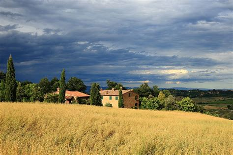 tuscan landscapes file tuscan landscape 4 jpg wikimedia commons