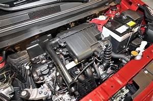 Mitsubishi Mirage 2014  Se Ofrece Con Un Motor De Tres Cilindros 1 2 Litros  12 V U00e1lvulas E