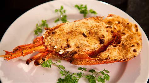 cuisine langouste crayfish gratin langouste gratinée recipe sbs food
