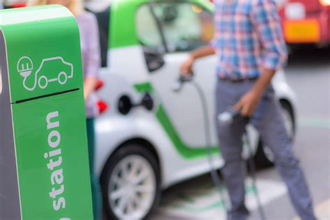 How To Find The Electric Car Charging Station Closest To