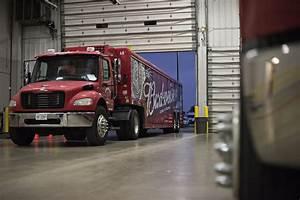 Anheuser-Busch Orders 40 Tesla Semi Trucks - WSJ