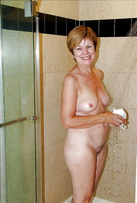 Matures And Grannies Full Frontal Nude Pics XHamster
