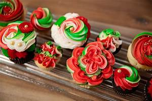 Christmas and Holiday Cupcakes, Cakes, Cake Pops and ...