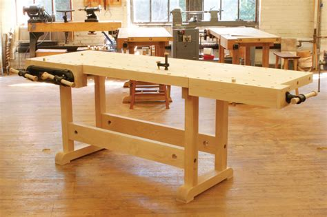 Woodworking Bench by Diy Master Cabinetmaker S Bench Plans Make A Workbench
