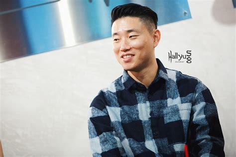 kang gary finally revealed   celebrity wife  son channel