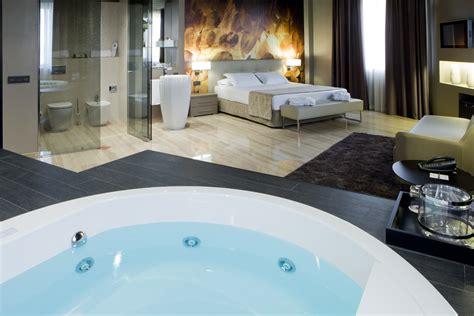 jacuzzi suite en tarragona hotel ciutat de tarragona