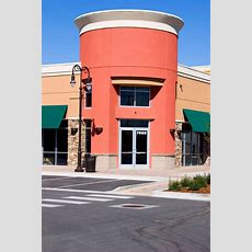 Commercial Window Tinting Helps Boost Curb Appeal