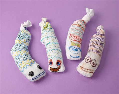 Sock Worms Craft