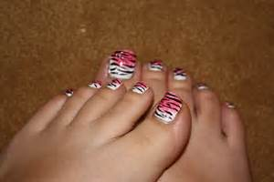 Zebra nail art designs