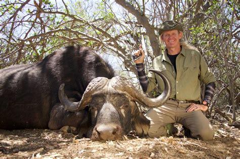 razor dobbs alive big game hunting television series