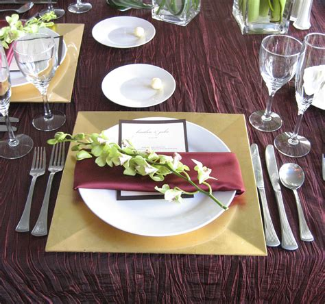 square plate table setting 1000 images about tables setting on pinterest grey tablecloths napkins and grey table