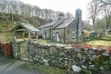 traditional cottage celebrate year of the dog with our paw friendly cottages holiday cottages north wales self