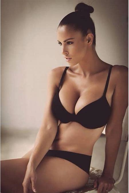 Lucia Javorcekova - Xxx Photo